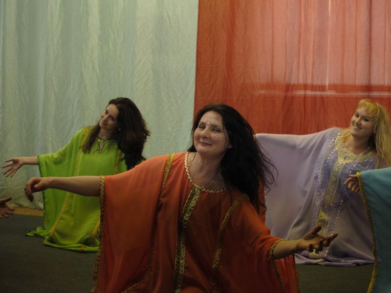 Халиджи. Красивый персидский танец. Обучение групповое и индивидуальное.