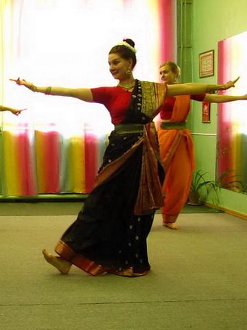 Набор в группу индийского танца